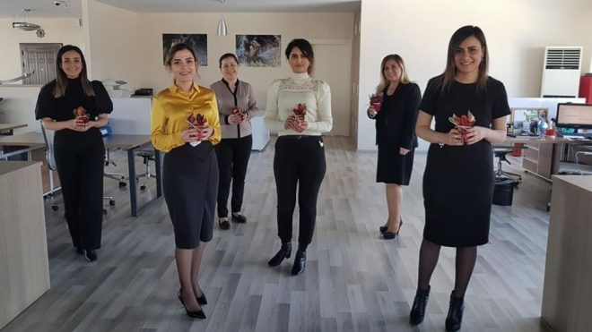 Отмечаем Международный женский день